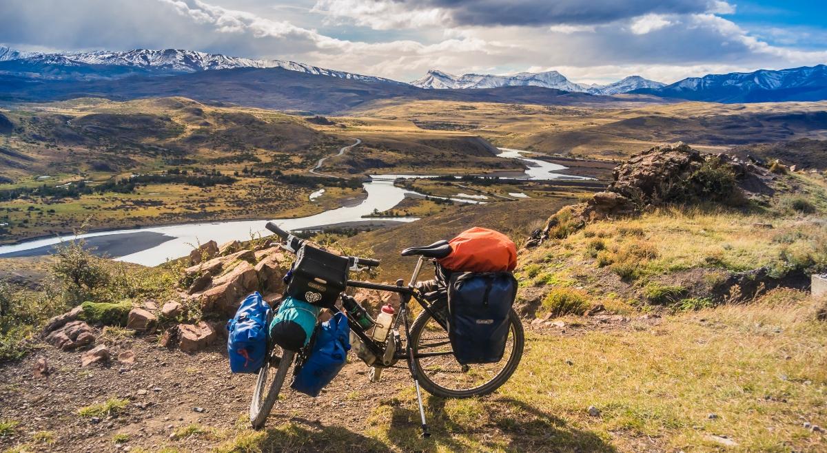 Imagen de una bicicleta en el Parque Nacional Torres del Paine