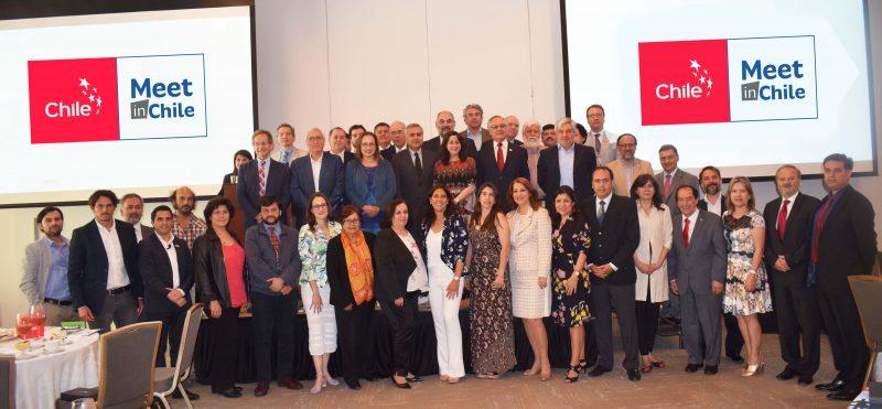 Fotografía grupal de participantes Meet in Chile